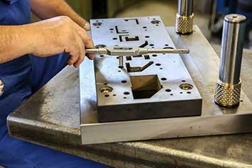 cnc technik cziotec eisen metall polieren